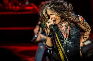 14009-Steven-Tyler-DTE-Energy-Theater-Aerosmith
