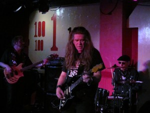 michael-katon-band-at-100-club