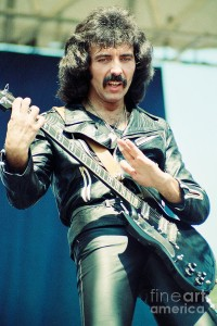 tony-iommi-of-black-sabbath-during-1980-tour-daniel-larsen