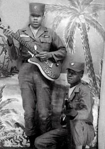 Jimi-Hendrix-US-Army-02