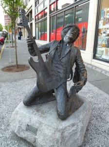 jimi-hendrix-statue1
