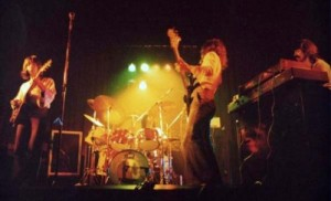 ATOLL-1977-Live-3