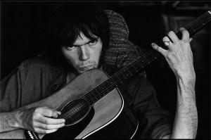 Neil-at-Stephen's-House_-Studio-City_-1970-Graham-Nash