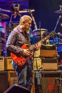 Derek-Trucks-@-Beacon-by-Derek-McCabe