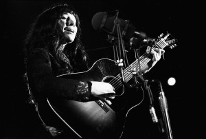 buffy_sainte-marie1