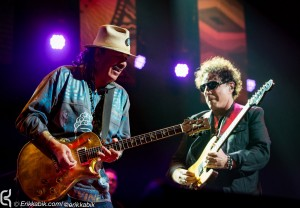 LAS VEGAS, NV - March 21, 2016: ***HOUSE COVERAGE*** Carlos Santana and Neal Schon pictured as The Original Santana Band featuring: Carlos Santana (guitar, vocals), Gregg Rolie (keyboards, lead vocals), Neal Schon (guitar, vocals), Michael Carabello (percussion), and Michael Shrieve (drums), reunite at the House of Blues at Mandalay Bay Resort in Las vegas, NV on March 21, 2016. Credit: Erik Kabik Photography/ MediaPunch
