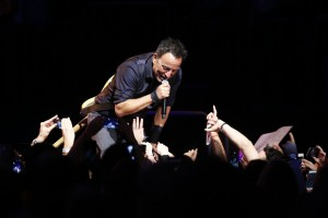 bruce-springsteen-and-the-e-street-band-live-at-madison-square-garden-12716-db5f50abc67b4d21